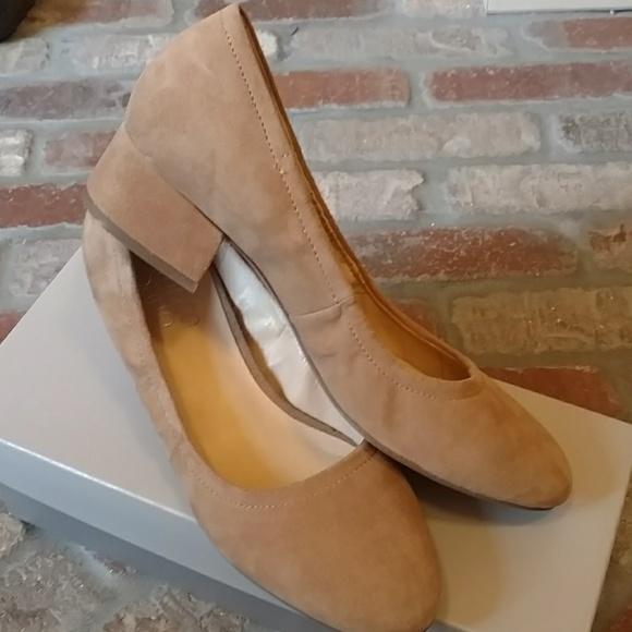 da86aeac4dc Franco Sarto Shoes - Franco Sarto nude suede low block heel pumps